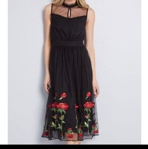 Embroidered Dress 🌹